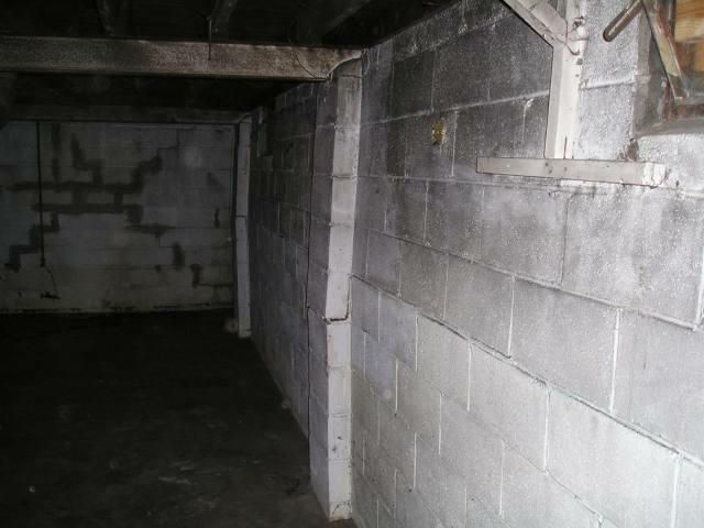 Cracked wall basement repair
